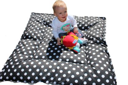 ReillyRooz-zip-and-go-playmat-black